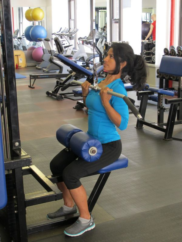 Close-Supinated-Pulldown-step-2-running-strength-training-New-York-City-personal-training